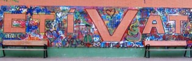 Mural realizado en el IES El Burgo de Las Rozas (Madrid) con motivo del Día del Voluntariado