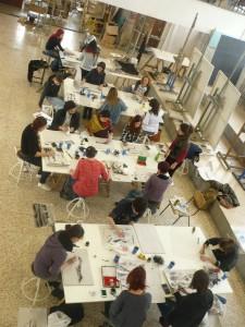 Taller de pintura Sumie Zen de Natalia Molina en la Facultad de la Bellas Artes de la Complutense