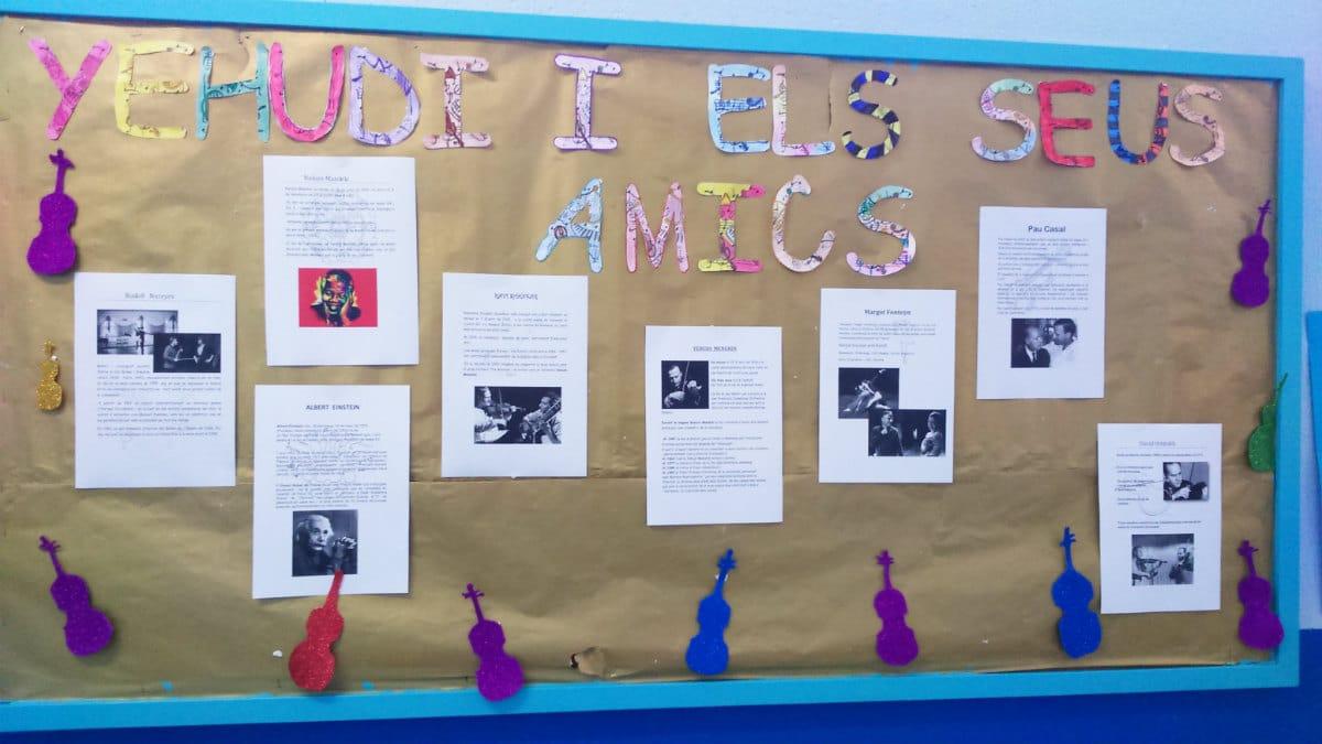 Exposición de relatos sobre Yehudi y sus amigos en la Escola Eduard Marquina de Barcelona.