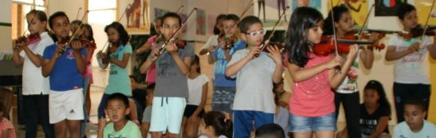 Día de la Música y homenaje a Yehudi Menuhin en el CEIP Barriomar 74 de Murcia