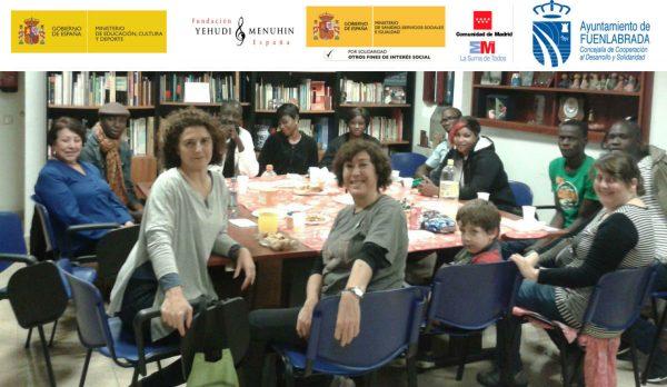 Reunión con profesores y artistas senegaleses en la sede de la FYME