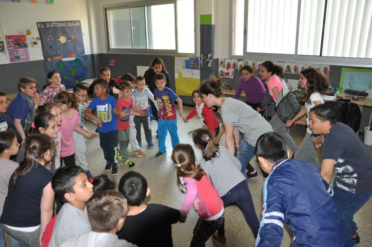 Semana cultural 'Sona Menuhin', en la Escola Pepa Colomer.