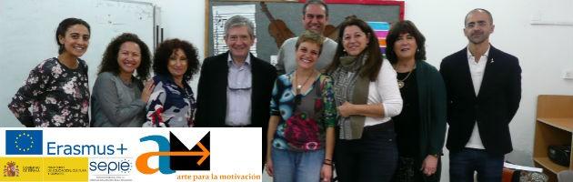 Docentes y artistas de Tel Aviv recibieron la visita de Enrique Barón (cuarto por la izquierda), Presidente de la FYME.