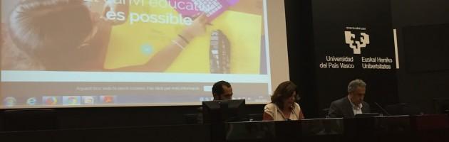 Presentación de la Escola Pepa Colomer en la jornada 'Transformar la educación para un mundo cambiante' organizada por el Departamento de Educación y la UPV/EHU