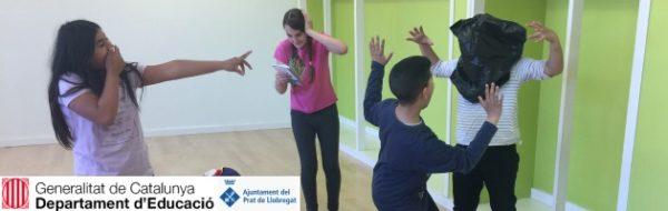 Vinculamos expresión, danza, movimiento y teatro en la Escola Pepa Colomer