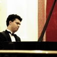 Leonel Morales Jr. estrenó la composición de David Azagra 'Danza de las Chirimoyas'.
