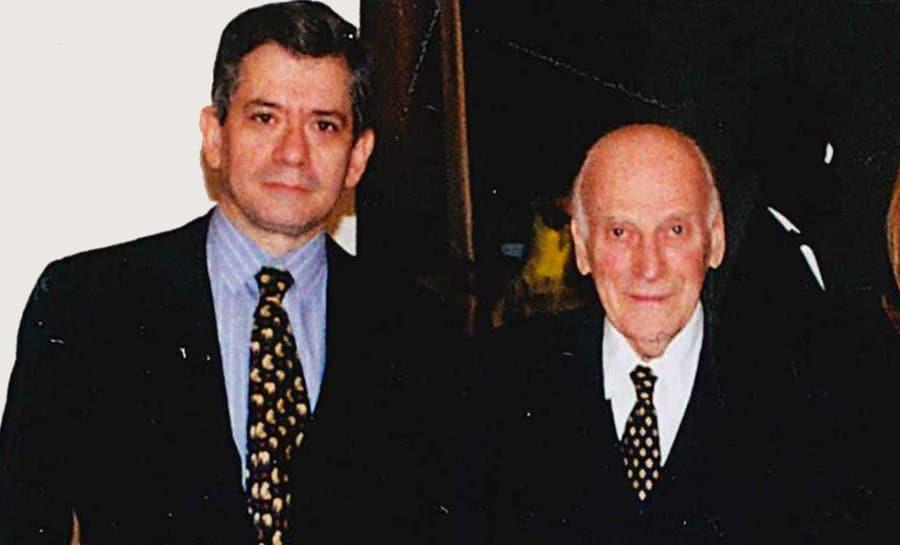 Enrique Barón y Yehudi Menuhin en una imagen de archivo.