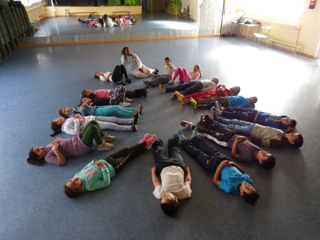 Sesión MUS-E de danza en el CEIP Stella Maris de Murcia