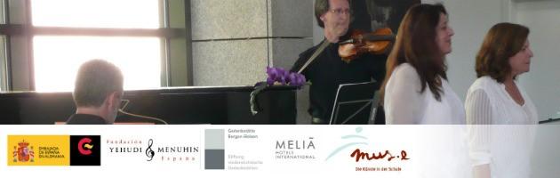 Imagen del concierto íntimo en Bergen Belsen (Alemania)