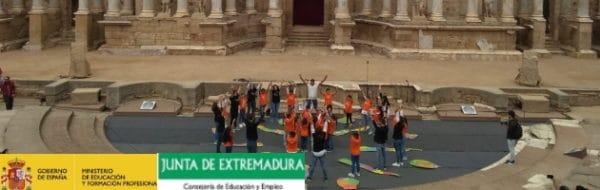 CEIP Santa Engracia: Yoga con la vista puesta en el Teatro Romano de Mérida