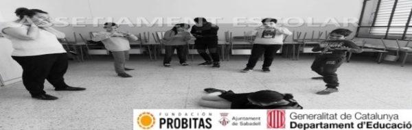 Las nuevas tecnologías canalizan la labor de pasar a la acción en la Escola Joan Maragall: 'Hablemos catalán' y 'Ante el acoso escolar, pasemos a la acción', dos grandes ejemplos de ello