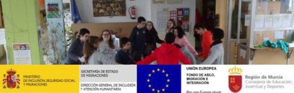 Nos vamos hasta el CEE San Cristóbal, en la Región de Murcia, para cantar y bailar con docentes y chicos y chicas